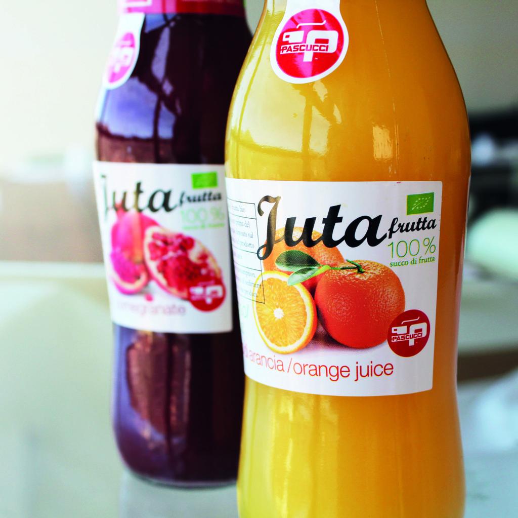Caffè Pascucci pomegranate and orange juice